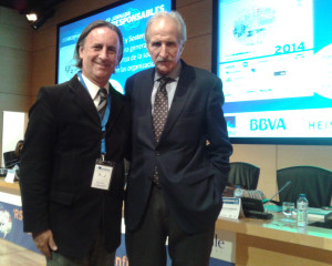 Fernando Passarelli, coordinador del Programa Valor, y Carmelo Angulo Barturén, presidente de UNICEF España.