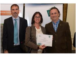 Miguel Kozuszok, Presidente de Unilever para el Cono Sur;  Lina Niño, Responsable de Implementaciones del Programa Valor; y Fernando Passarelli, coordinador del Programa Valor de AMIA.